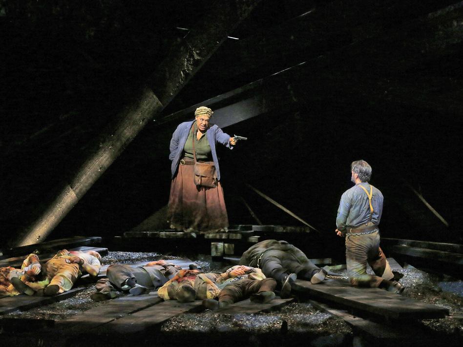 Deborah Nansteel as Lucinda and Nathan Gunn as Inman in the world premiere of Cold Mountain at the Santa Fe Opera. (Courtesy of the Santa Fe Opera)