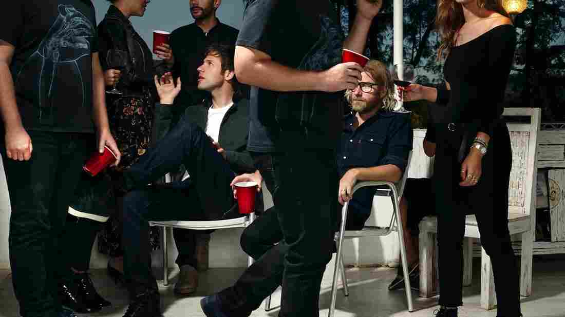 Matt Berninger and Brent Knopf are EL VY.