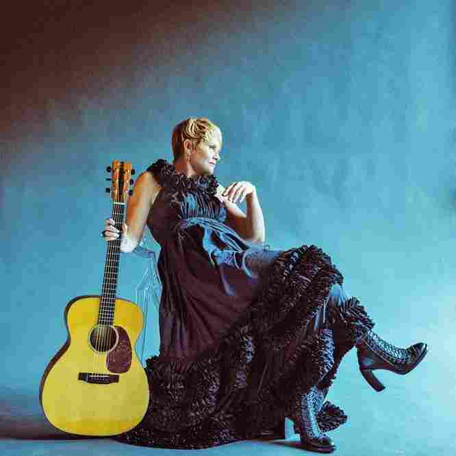 Song Premiere: Shawn Colvin, 'Hold On'