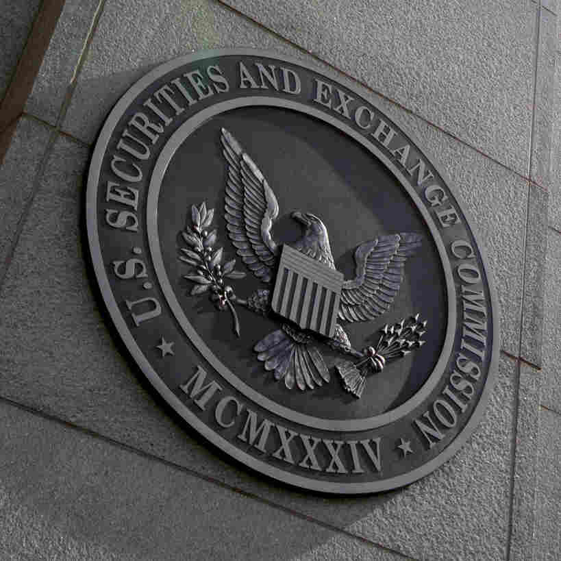 SEC Adopts CEO Pay Ratio Rule, Five Years After It Became Law