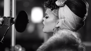 Andra Day, 'Gold'