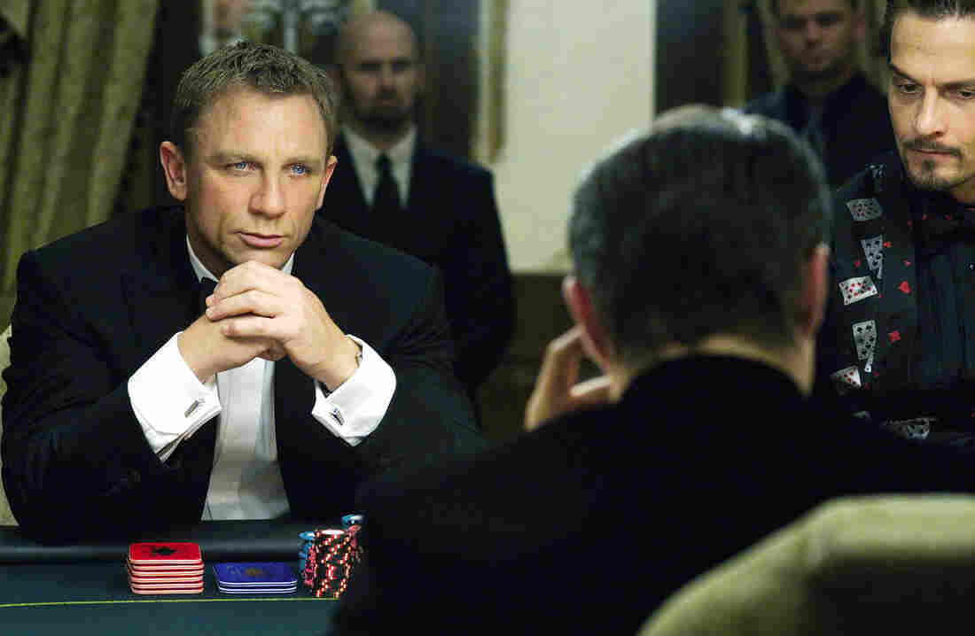 Daniel Craig plays James Bond in the film Casino Royale. Dramatis, a computer program, can detect suspense from this scene and rates it even higher as the plot thickens.
