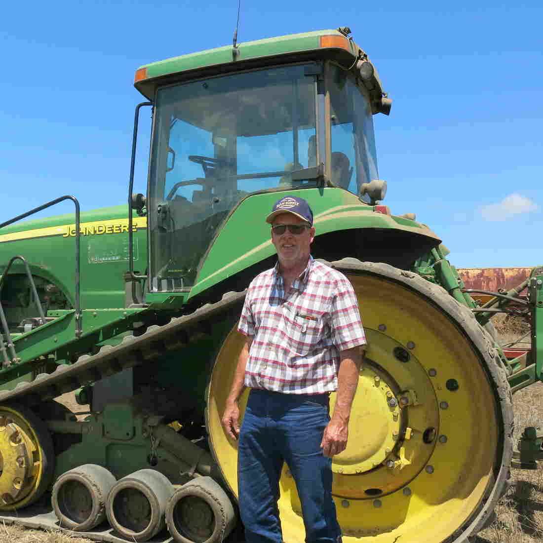 DIY Tractor Repair Runs Afoul Of Copyright Law