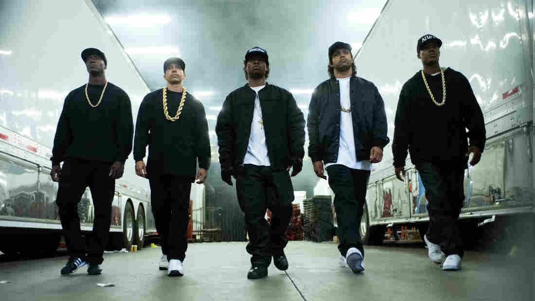 MC Ren (Aldis Hodge), DJ Yella (Neil Brown Jr.), Eazy-E (Jason Mitchell), Ice Cube (O'Shea Jackson Jr.) and Dr. Dre (Corey Hawkins) form N.W.A in Straight Outta Compton.