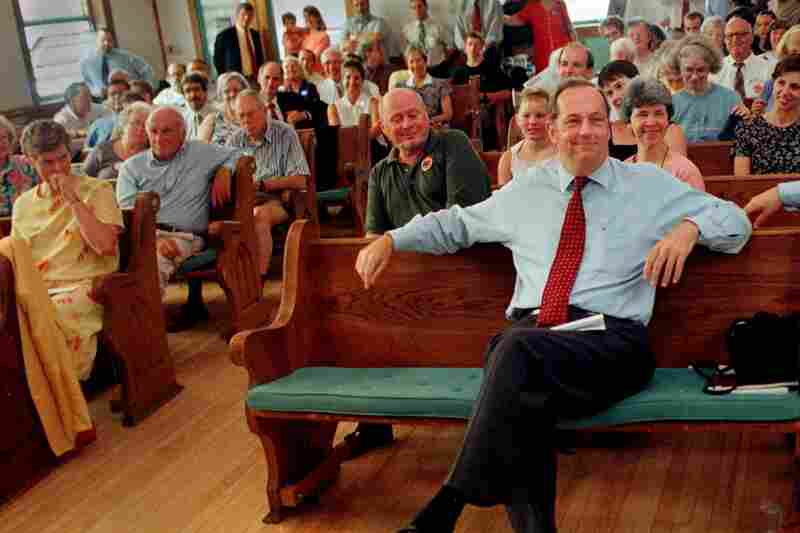 Former New York Knicks basketball star, and former U.S. Sen. Bill Bradley, smiles on June 29, 1999, in Concord, N.H., as he is introduced as a Democratic presidential hopeful.