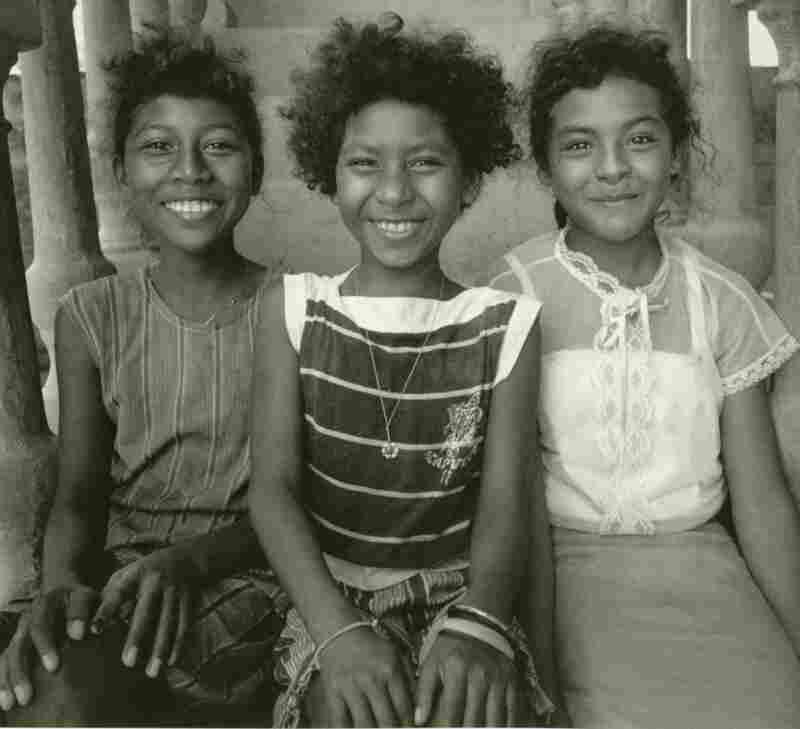 """Tres hermanas- """"Three Sisters"""", Cuajinicuilapa, Guerrero, Mexico, 1986."""