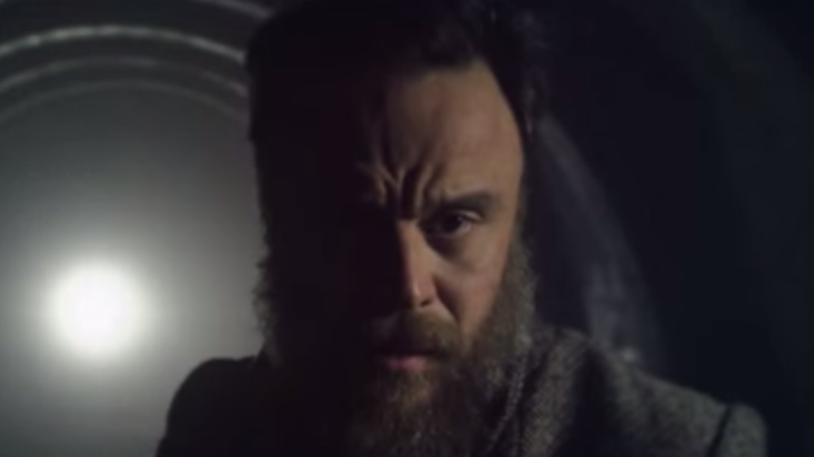 "Rodrigo Amarante appears in the video for ""I'm Ready."""