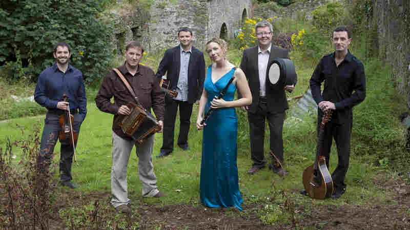 Hear new music by traditional Irish ensemble Danú on this week's episode of The Thistle & Shamrock.