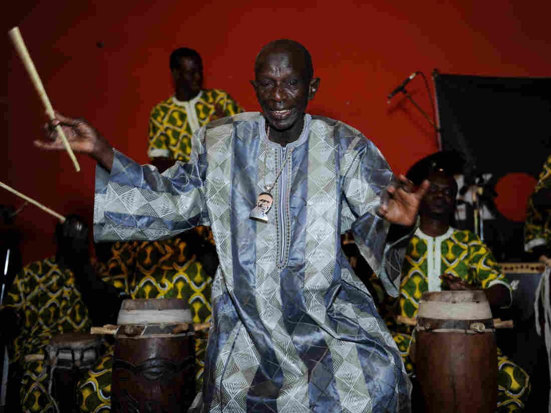 Senegalese drum master Doudou N'Diaye Rose performing in Dakar in April 2013.