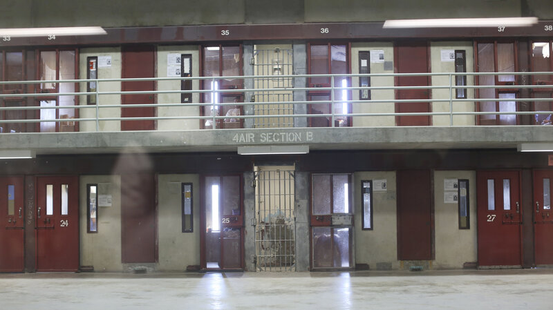 California Prisons To Limit Number Of Inmates In Solitary