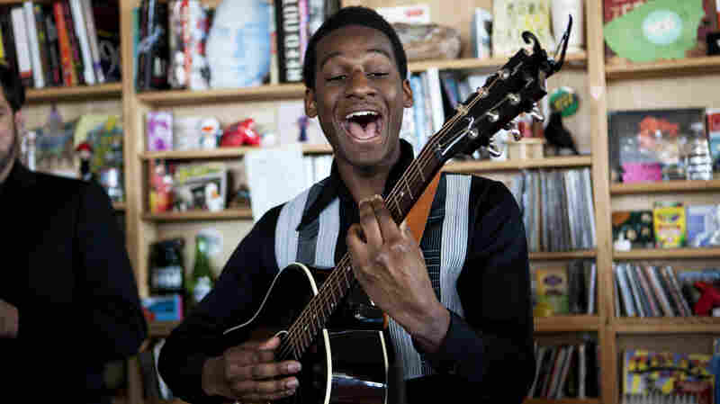 Leon Bridges: Tiny Desk Concert