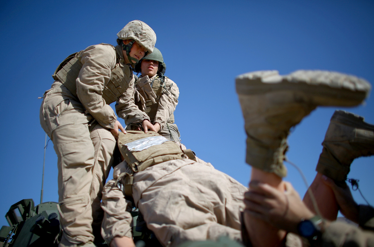 Marine Corps study says units with women fall short on ...