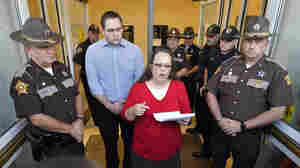 Kim Davis Back At Work, But Remains Defiant