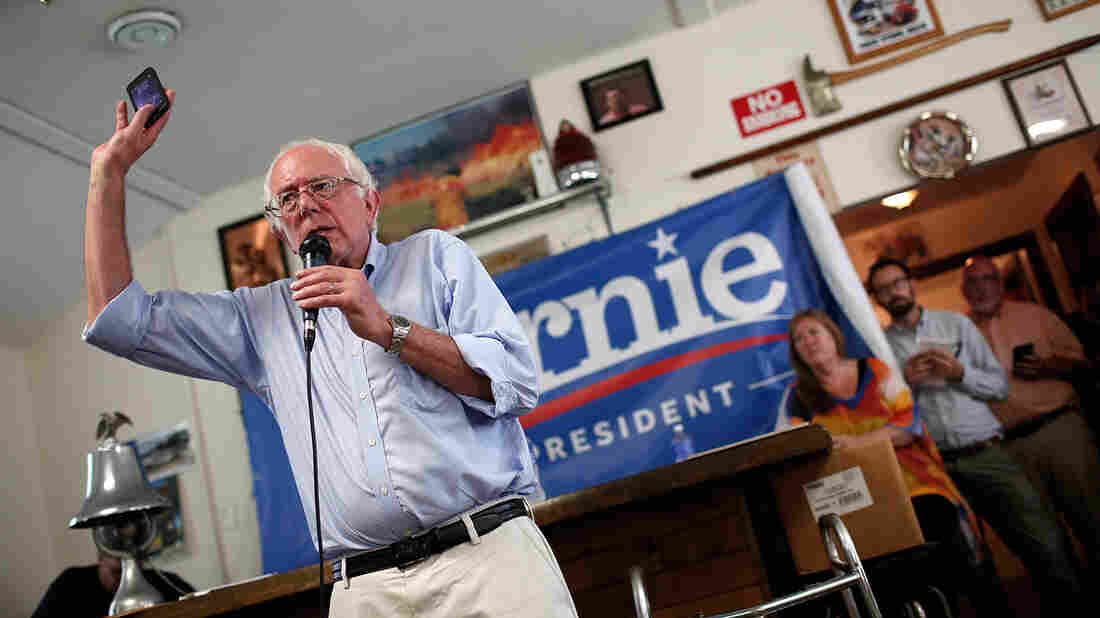 Democratic presidential candidate Bernie Sanders was tweeting up a storm during Wednesday night's Republican debate.