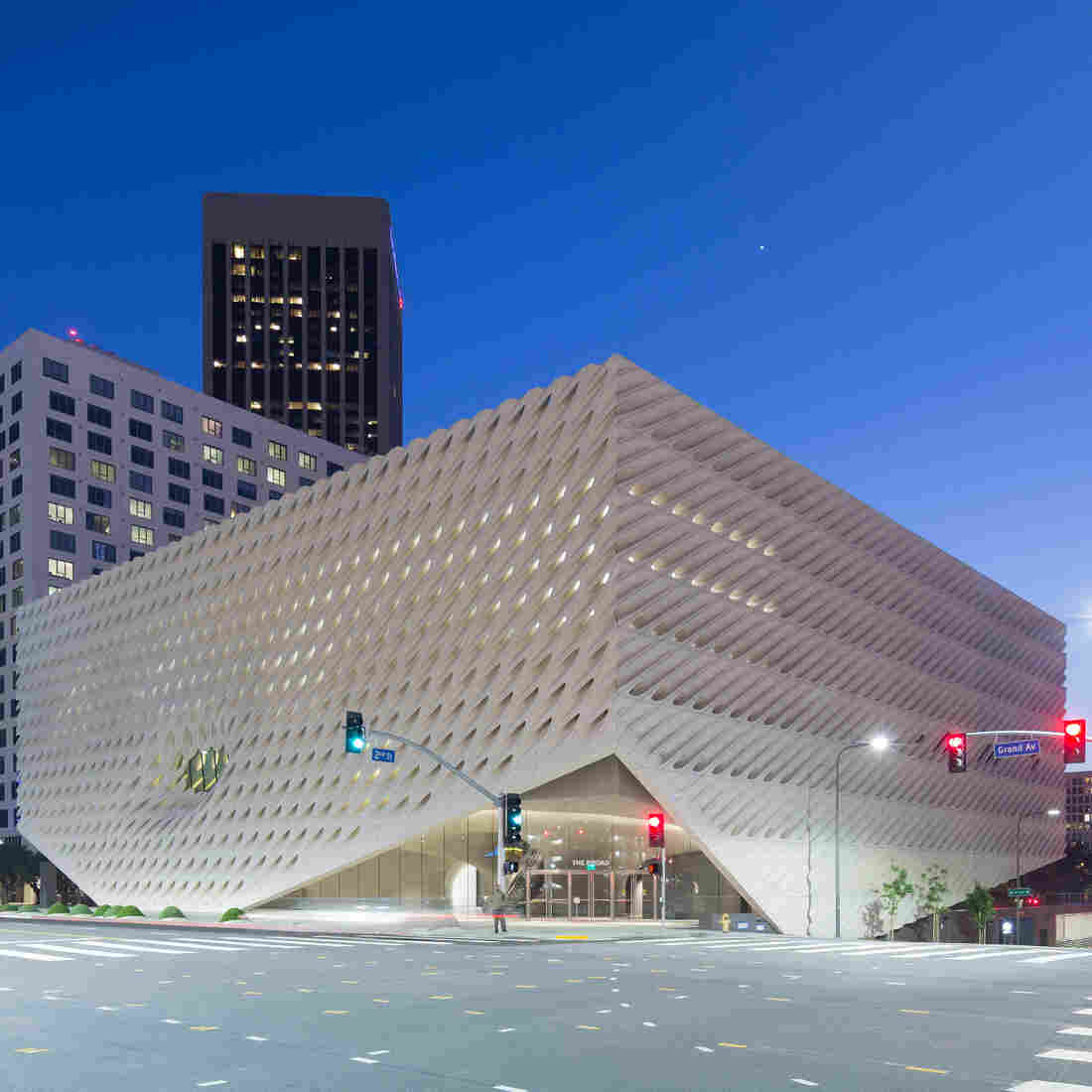 The Broad Museum Is A Contemporary Art Collector's Gift To Los Angeles