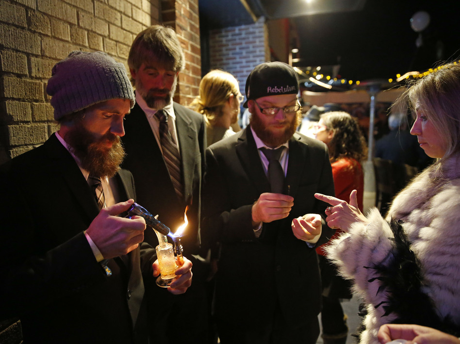 Awesome Tips, Dude: Denver May Allow Pot In Bars
