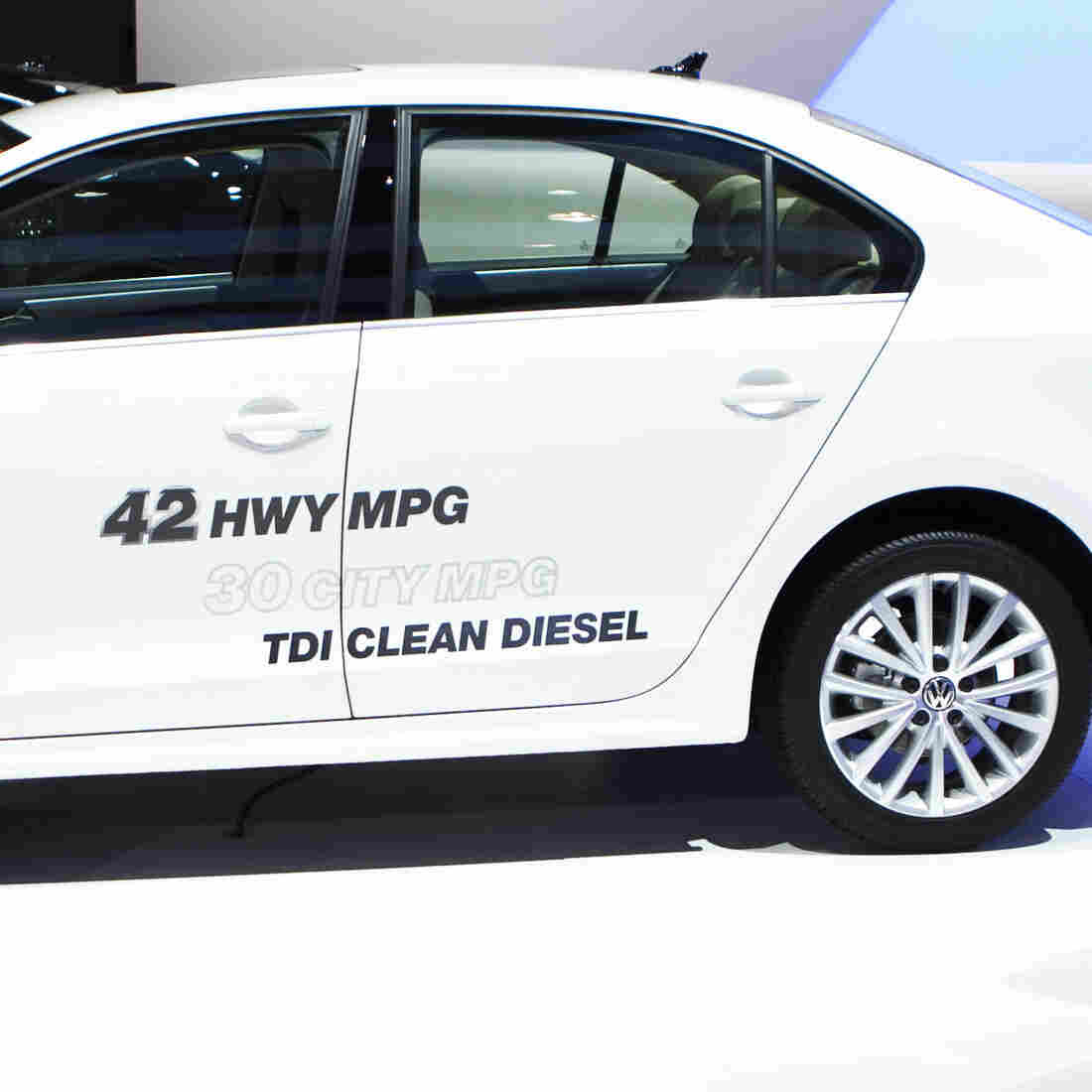 Volkswagen Used 'Defeat Device' To Skirt Emissions Rules, EPA Says