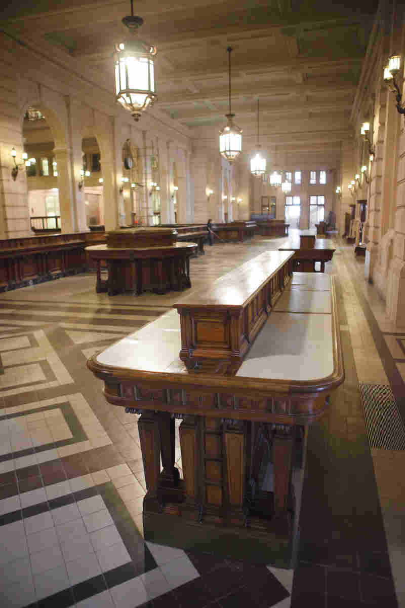 The front hall still has the original postal furniture and desks from its opening in 1928.