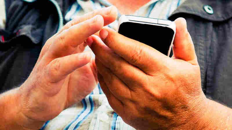 Text Reminders Help People Lower Cholesterol, Blood Pressure