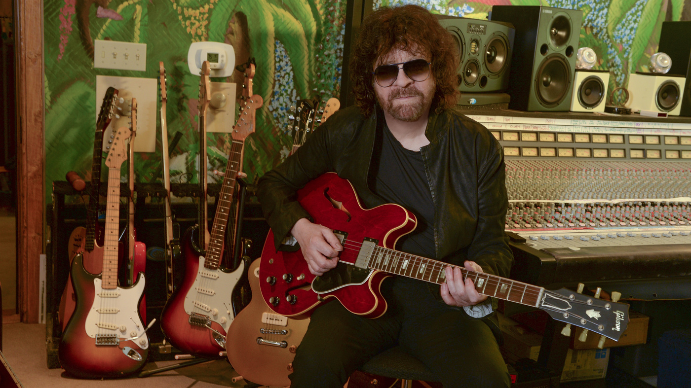 Electric Light Orchestra Returns In Fine Form