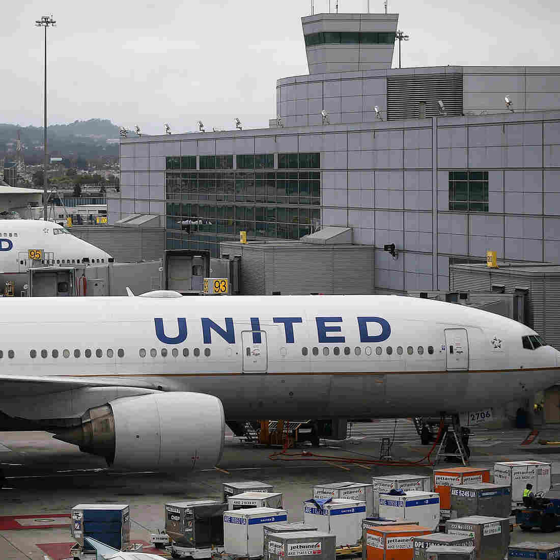 United Airlines Faces Steep Ascent In Not-So-Friendly Skies