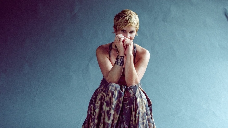Shawn Colvin's new covers collection is called Uncovered. (Courtesy of the artist)