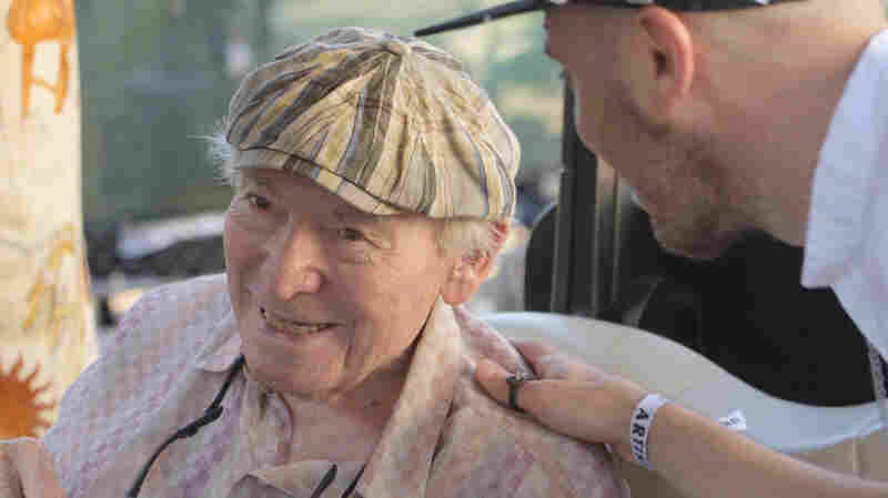 George Wein greets an artist at the 2015 Newport Jazz Festival.