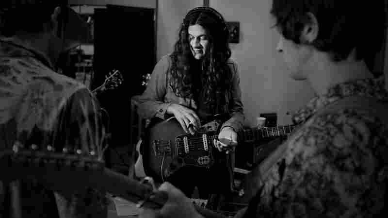 Kurt Vile performs live on KCRW.