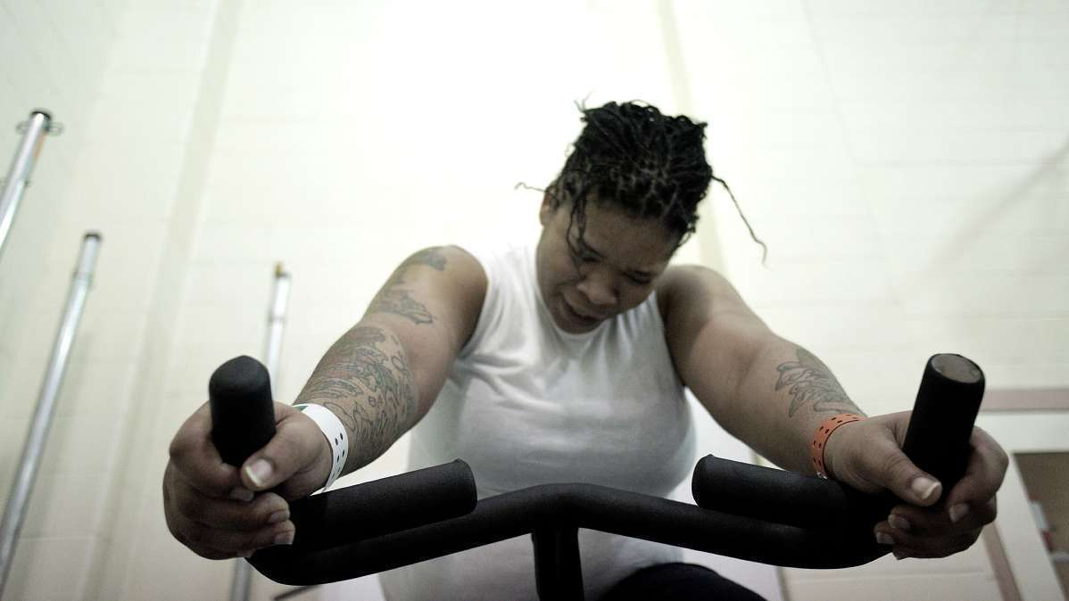 Spinning helps female inmates keep pounds and rage at bay shots
