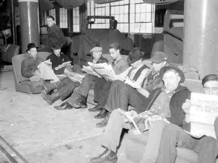 Flint sit-down strikers sitting down.
