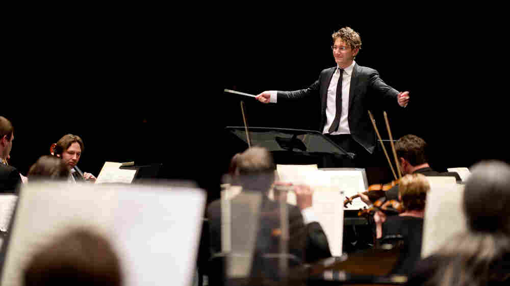 In Louisville, A Young Conductor Seeks To Challenge And Delight