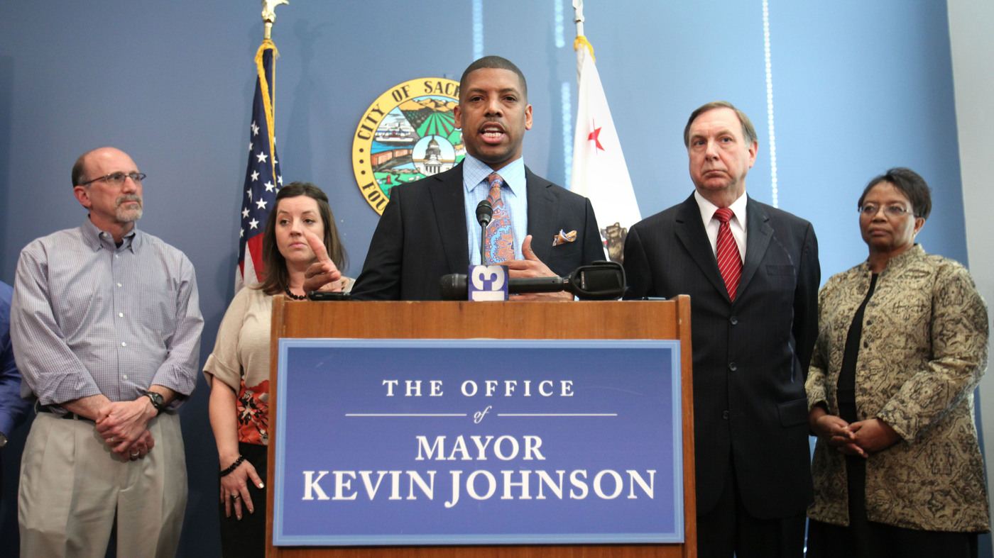 Sacramento s Mayor Won t Seek Re Election Amid ual Abuse