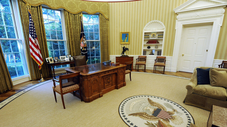 oval office photos. 4 Ways The Oval Office Isn\u0027t Like Corner Photos T