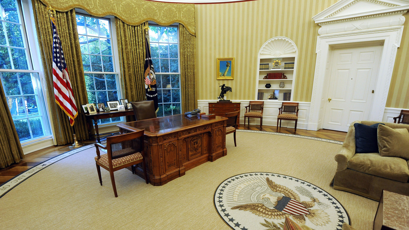 4 Ways The Oval Office Isn't Like The Corner Office : It's ...