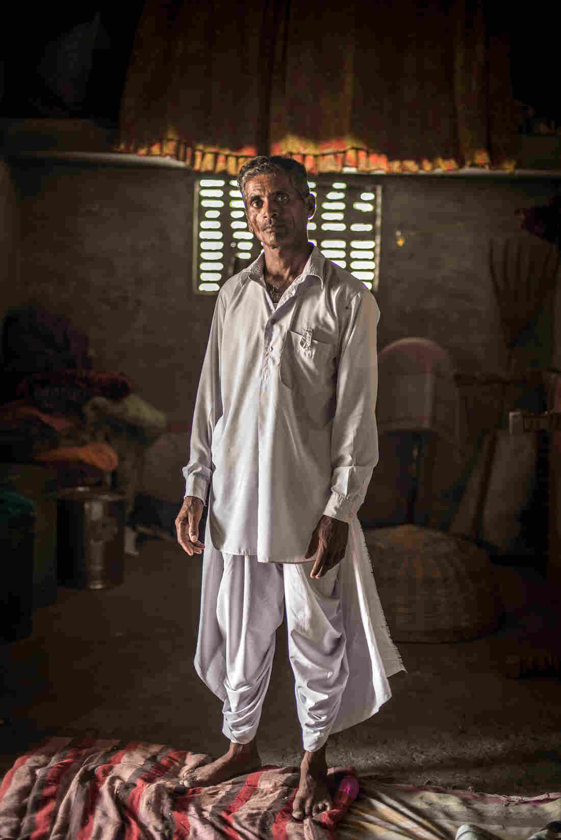 Nimmu's father, Lumbaram, regrets marrying off his daughter so young. But he's trying to make it up to her. He's told her in-laws he won't send her to them as long as she's doing well in school.