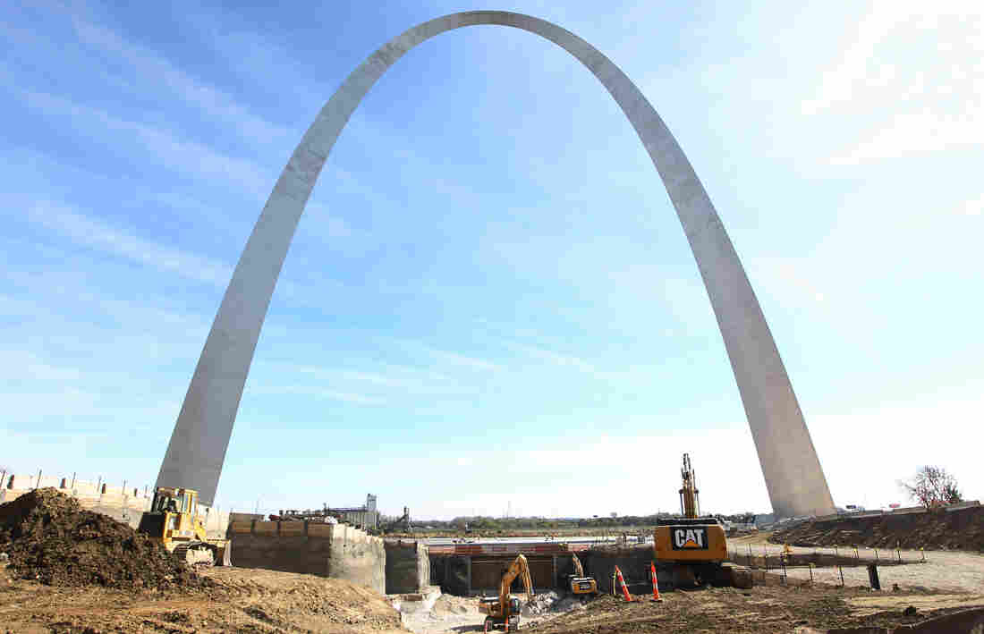The Gateway Arch in St. Louis remains the tallest man-made monument in the United States. A new museum under construction on the Arch's grounds will reopen in 2017.