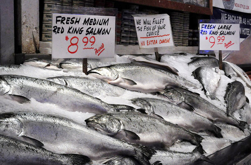 Salmon for sale at a market. (Joe Mable/Wikimedia)