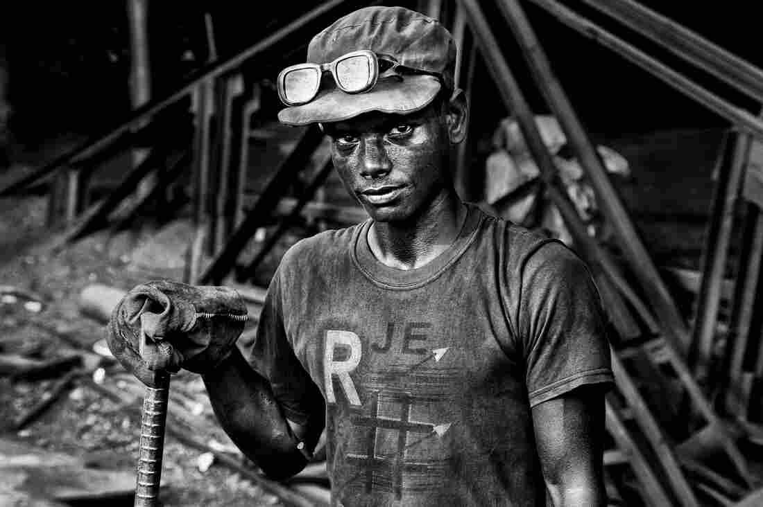 Asgar Mia turns scrap metal into finished steel in Bangladesh.