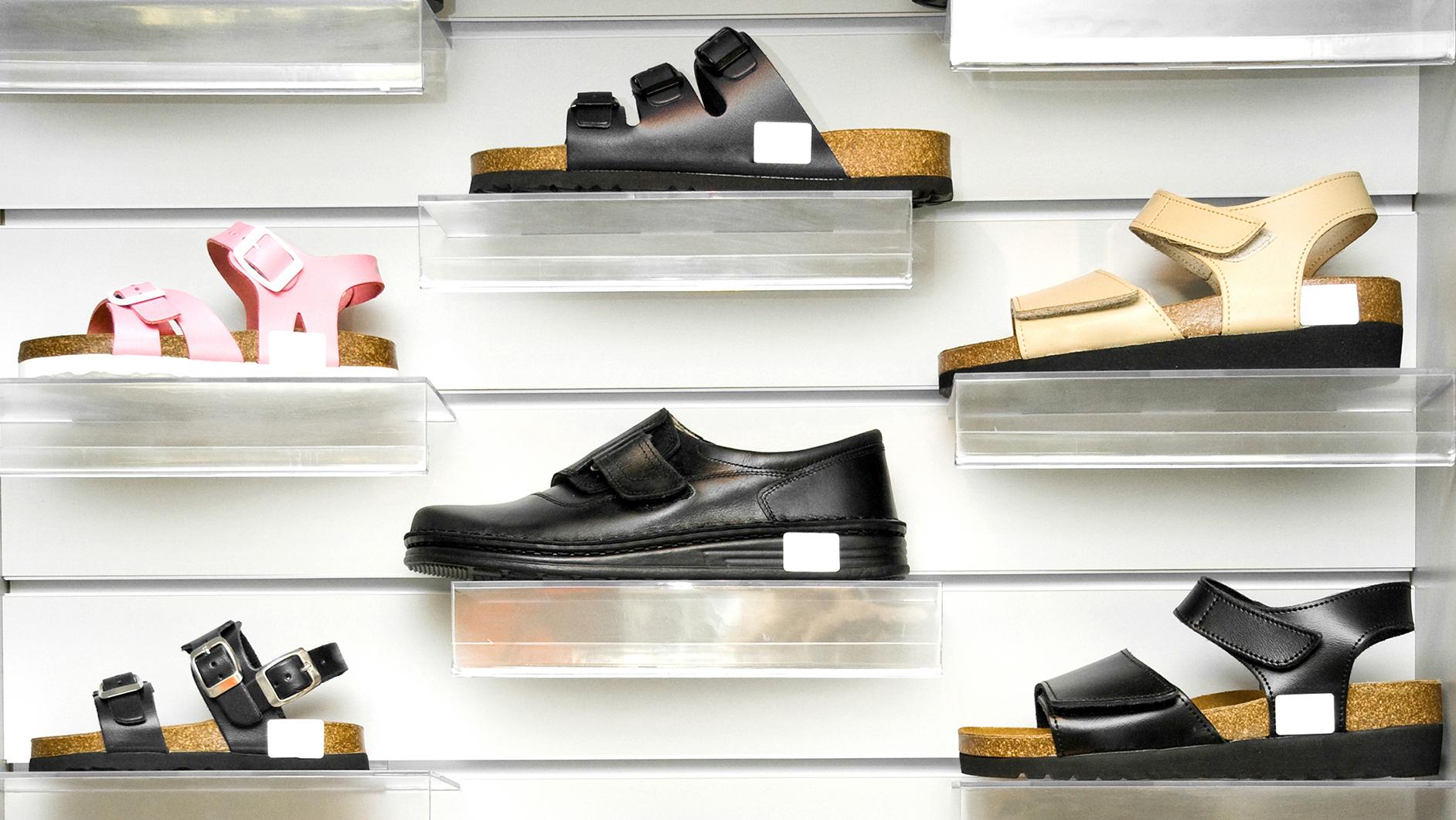 orthopedic women's shoes fashionable