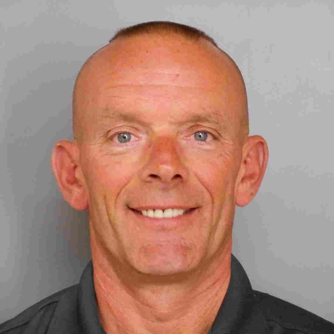 Investigation Finds Illinois Cop At Center Of Manhunt Shot Himself