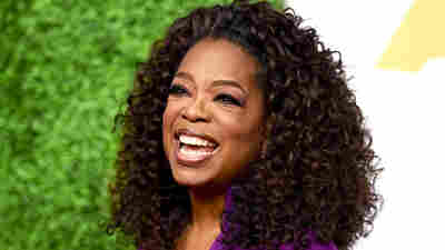 Oprah Winfrey arrives at the 87th Academy Awards nominees luncheon at the Beverly Hilton Hotel on Monday, Feb. 2, 2015, in Beverly Hills, Calif.
