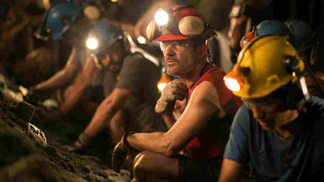 Antonio Banderas plays Chilean miner Mario Sepulveda in The 33.