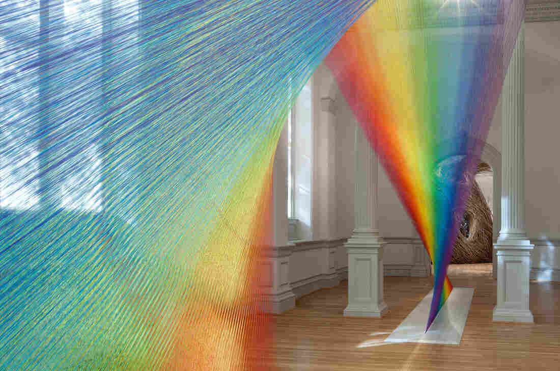 Gabriel Dawe used 16 different shades of thread to make the colorful spectrum he calls Plexus A1.