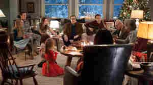 (Left to right) Amanda Seyfried, Jake Lacy, Olivia Wilde, Maxwell Simkins, Blake Baumgartner, John Goodman, Ed Helms, Alan Arkin, Diane Keaton and Alex Borstein make up the Cooper family in Love the Coopers.