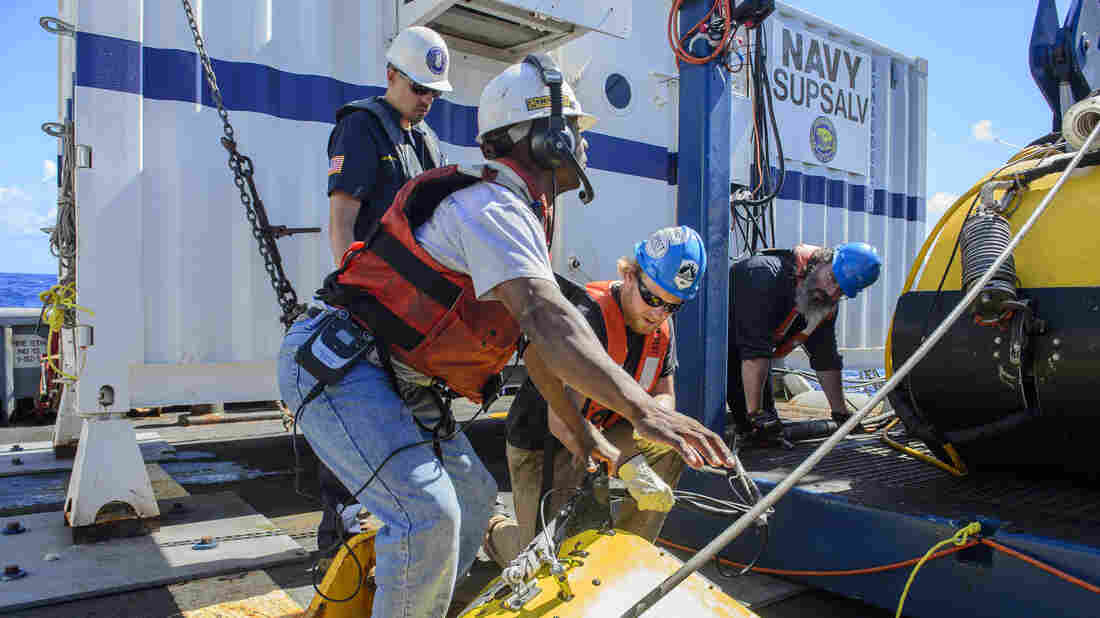 Searchers are seen last month, trying to find the cargo ship El Faro, which disappeared east of the Bahamas during Hurricane Joaquin. Wreckage was located, but not the data recorder, which could have told the story of the ship's final hours.
