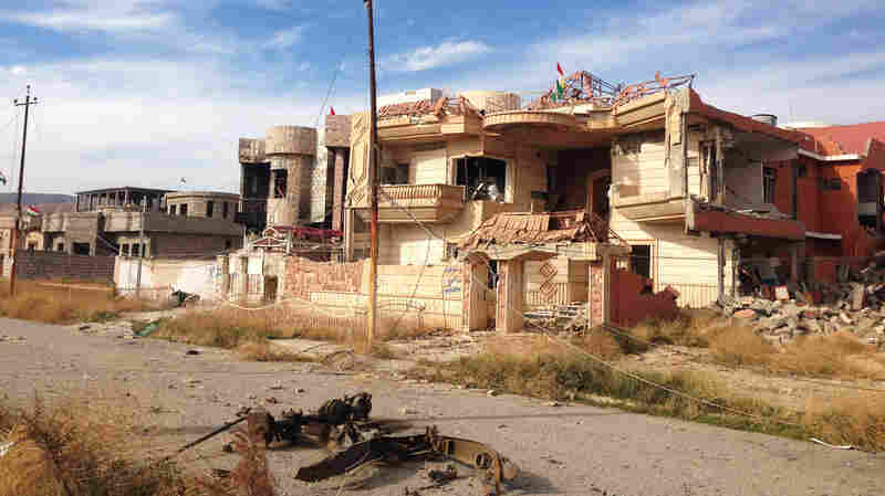 An Iraqi Town Is Retaken From ISIS, And Looting And Retribution Begin