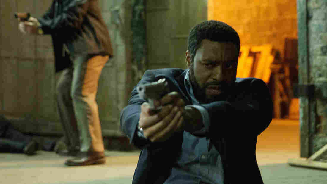 Dean Norris and Chiwetel Ejiofor in a scene from Secret in Their Eyes.