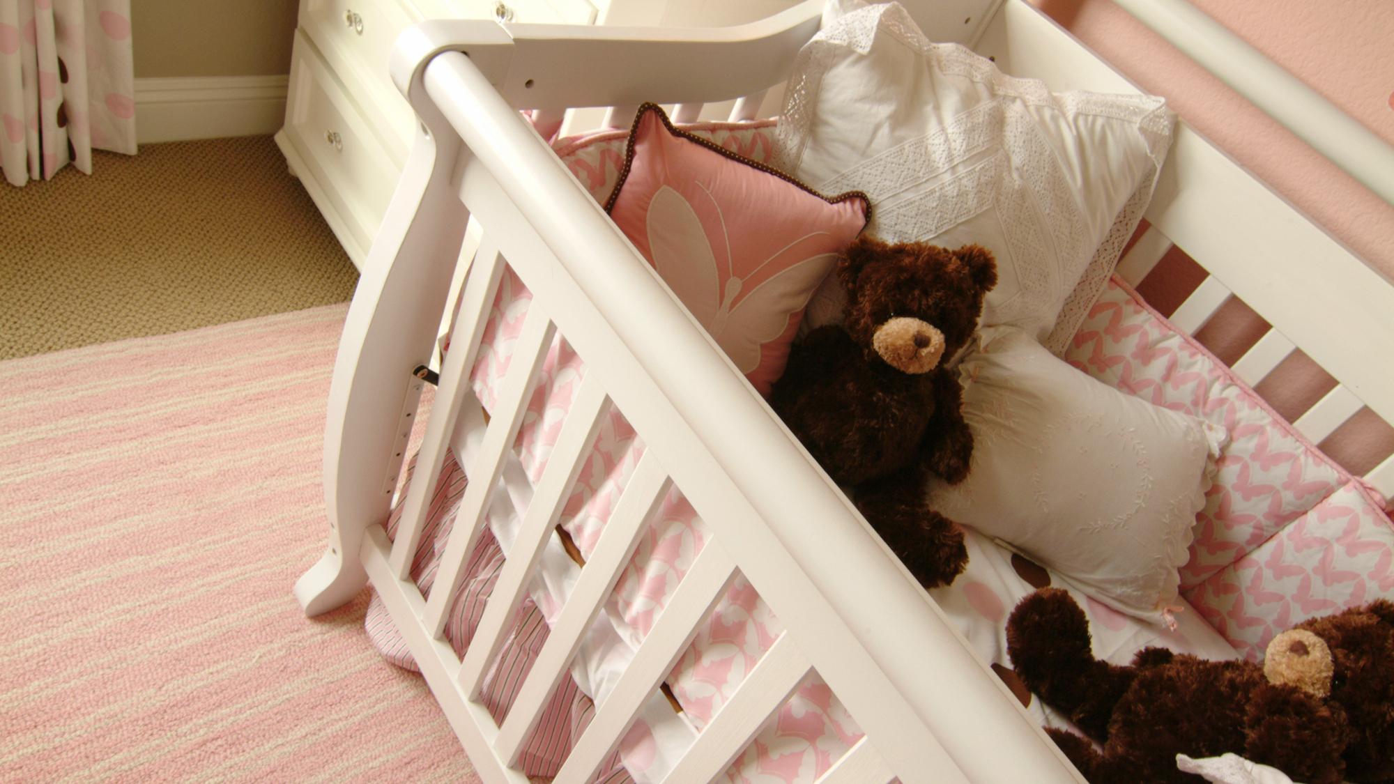 Study Shows Increase In Babiesu0027 Deaths Due To Crib Bumpers : Shots   Health  News : NPR
