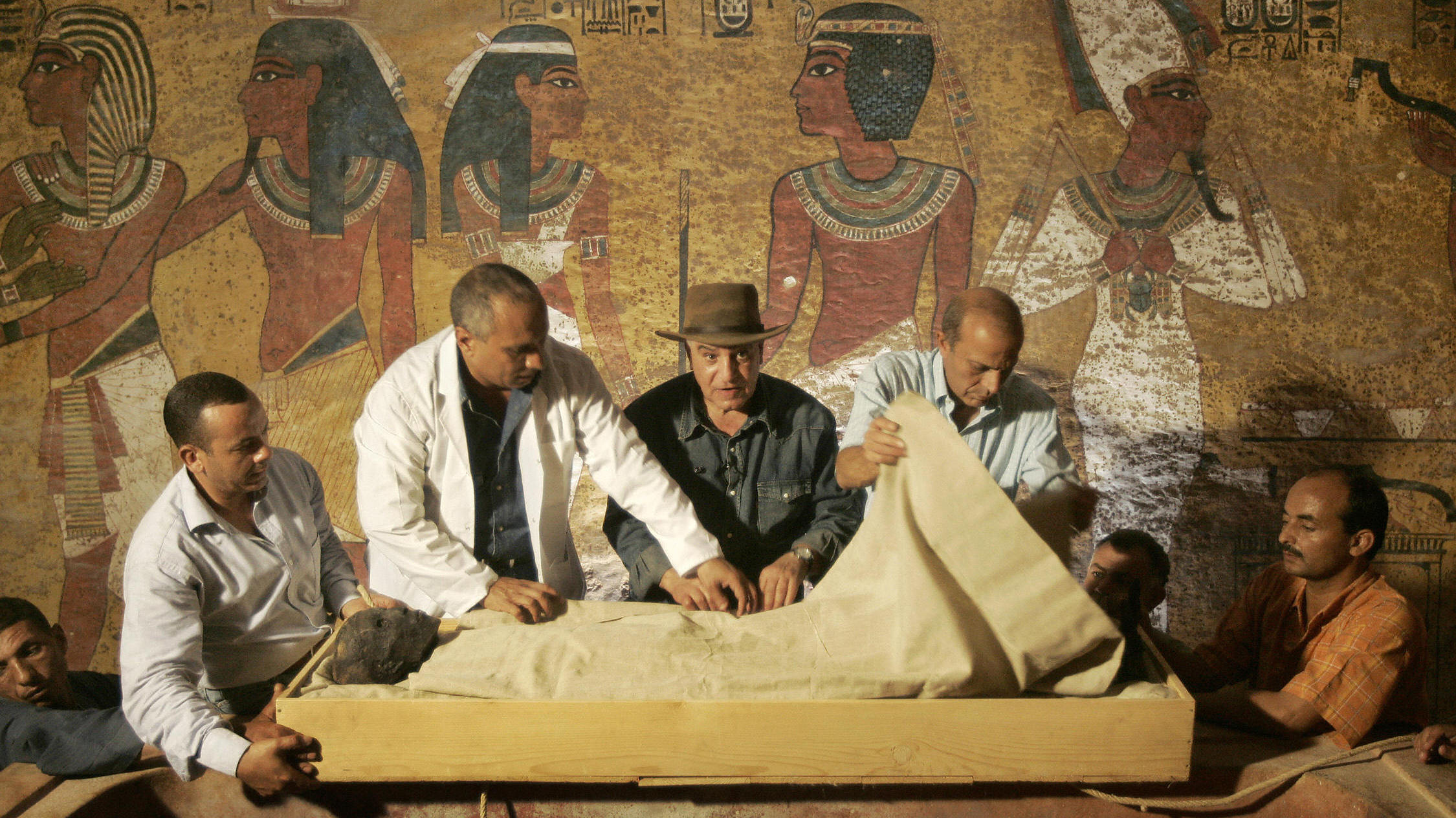 High Chance That 2 Rooms Are Hidden Behind King Tut's Tomb, Egypt Says
