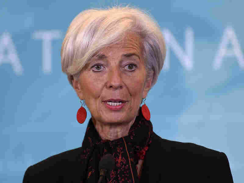 IMF Managing Director Christine Lagarde speaks during a news conference in Washington, to announce the Chinese yuan will join a basket of the world's leading currencies.